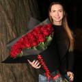 Night roses delivery