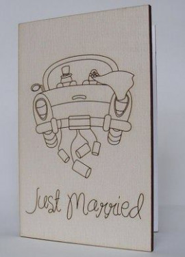 "Wooden postcart ""Just married"""