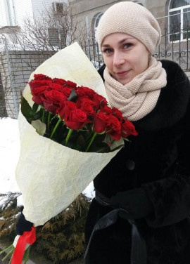 Federica 19 red roses