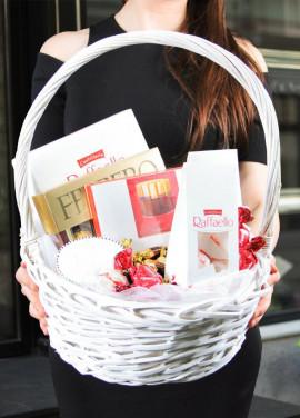 Choclate mix basket
